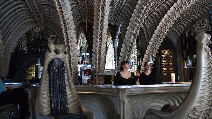 skeletal-roof-museum-bar-switzerland