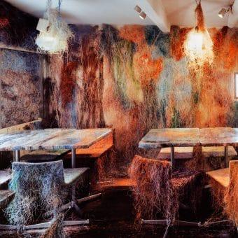 tetchan-bar-tokyo-interior